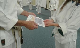 05192018 Ariana gets certificate cu